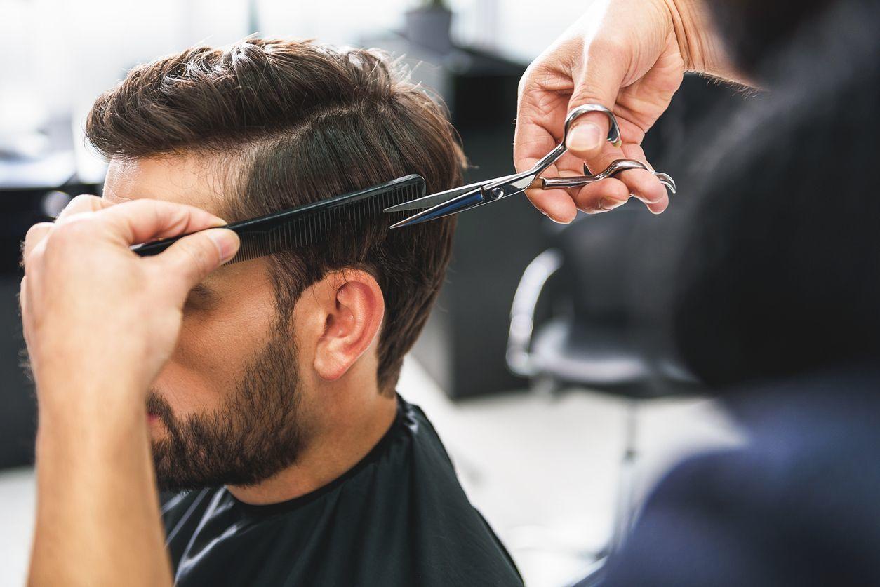 【過度な期待はNG!】プロの美容師がおすすめする育毛剤3選!効果あり?なし?