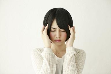 その薄毛、FAGA(女性男性型脱毛症)かも?原因と治療法を総まとめ!