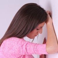 50代女性がだんだん薄毛になる理由とは?原因と対策法を徹底解説!