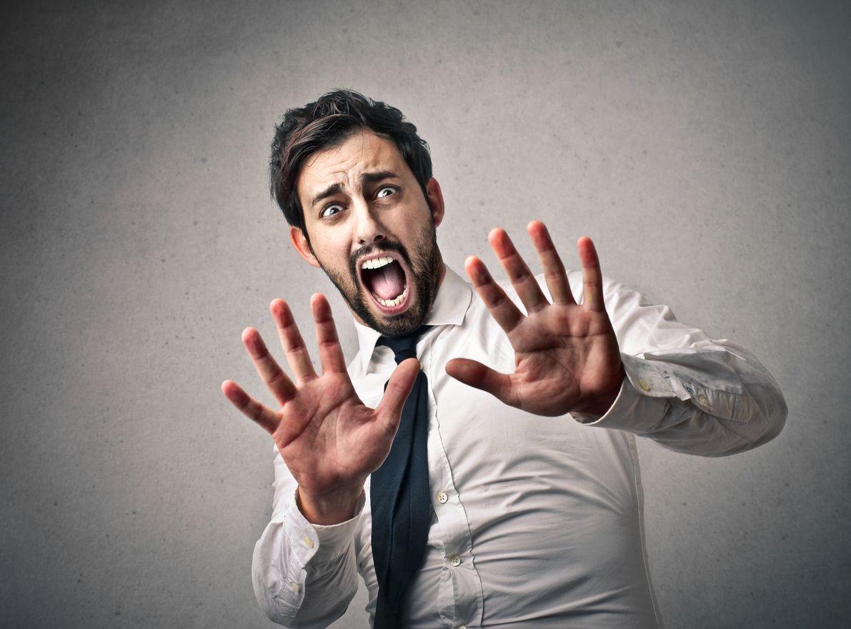 【画像で解説】ストレスで毛が抜ける?円形脱毛症の症状と経過まとめ