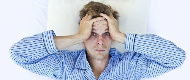 M字ハゲ(生え際前髪の薄毛) 睡眠不足