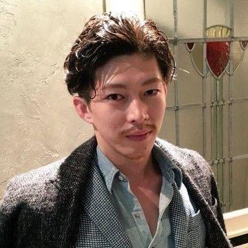髪型 2.くせ毛風オールバック