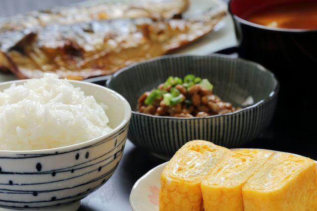 O字ハゲ(頭頂部ハゲ/つむじハゲ) なぜバランスのいい食事が必要なのか?