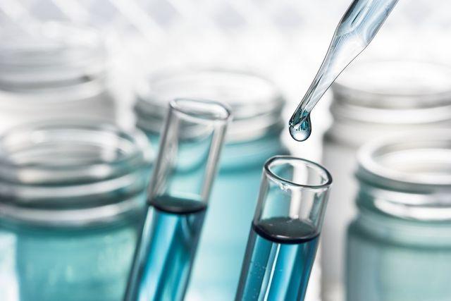 イクオス 5αリダクターゼを阻害する5つの天然エキス