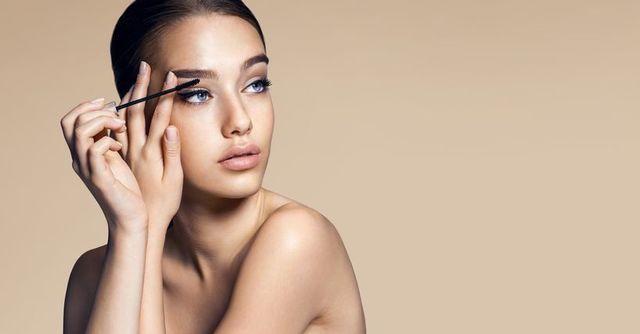 育毛剤 眉毛育毛剤美容液の使い方