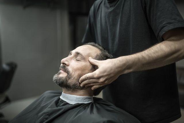 育毛剤 発毛に効果的な方法その7:マッサージ