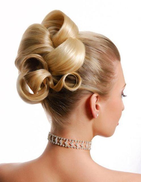 生活習慣 女性の抜け毛は6月~10月が多い