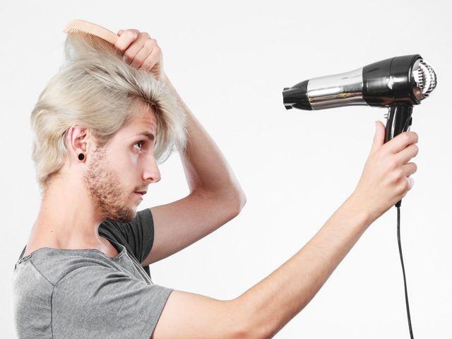 ドライヤー ドライヤーを使っても抜け毛は増えない