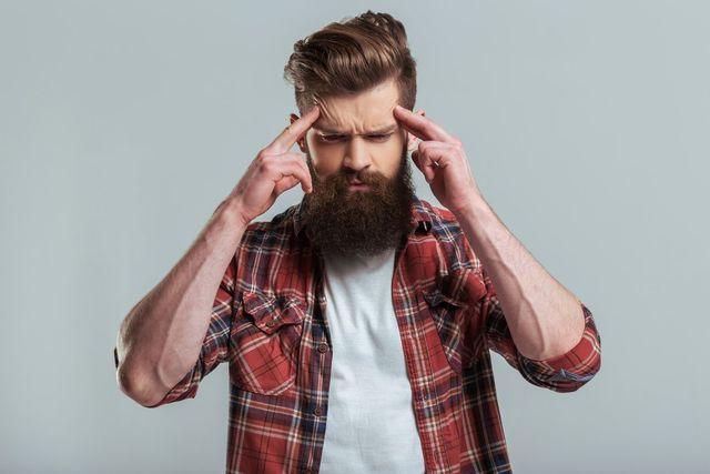 O字ハゲ(頭頂部ハゲ/つむじハゲ) O字ハゲ(頭頂部ハゲ)の初期症状