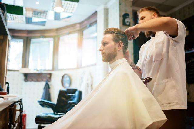AGA若ハゲの治療 彼氏に似合う髪型をおすすめしてみる
