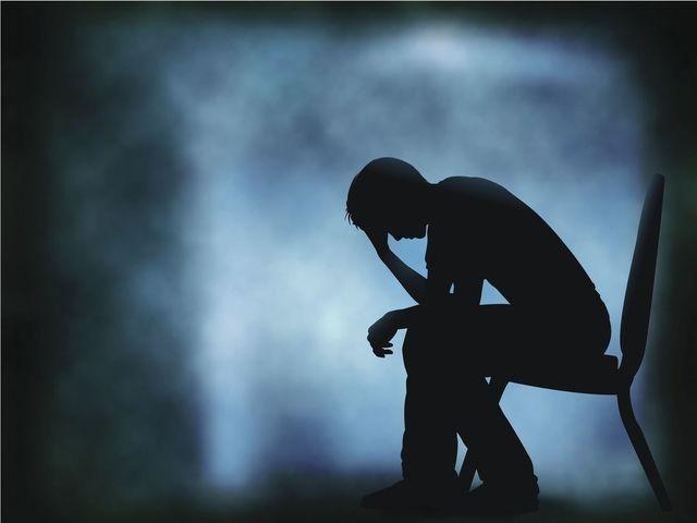 AGA若ハゲの原因 若ハゲ、それは死にたいぐらい辛く絶望するもの…