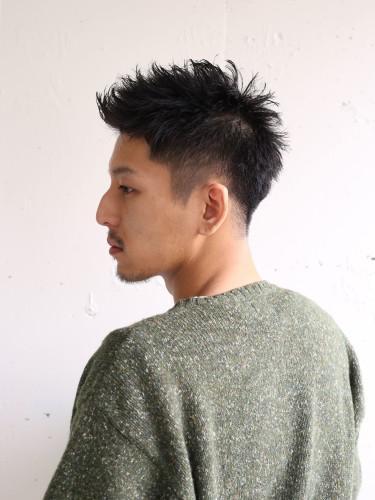 髪型 5.刈り上げショートツーブロック