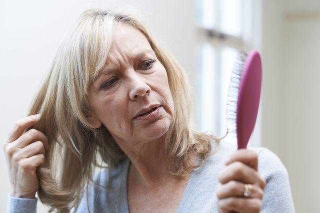 育毛剤 60代70代女性の薄毛の特徴