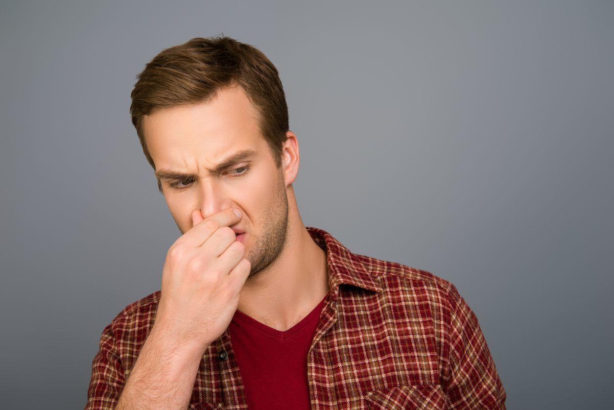 育毛剤 【使用感】匂いやベタつきはどう?
