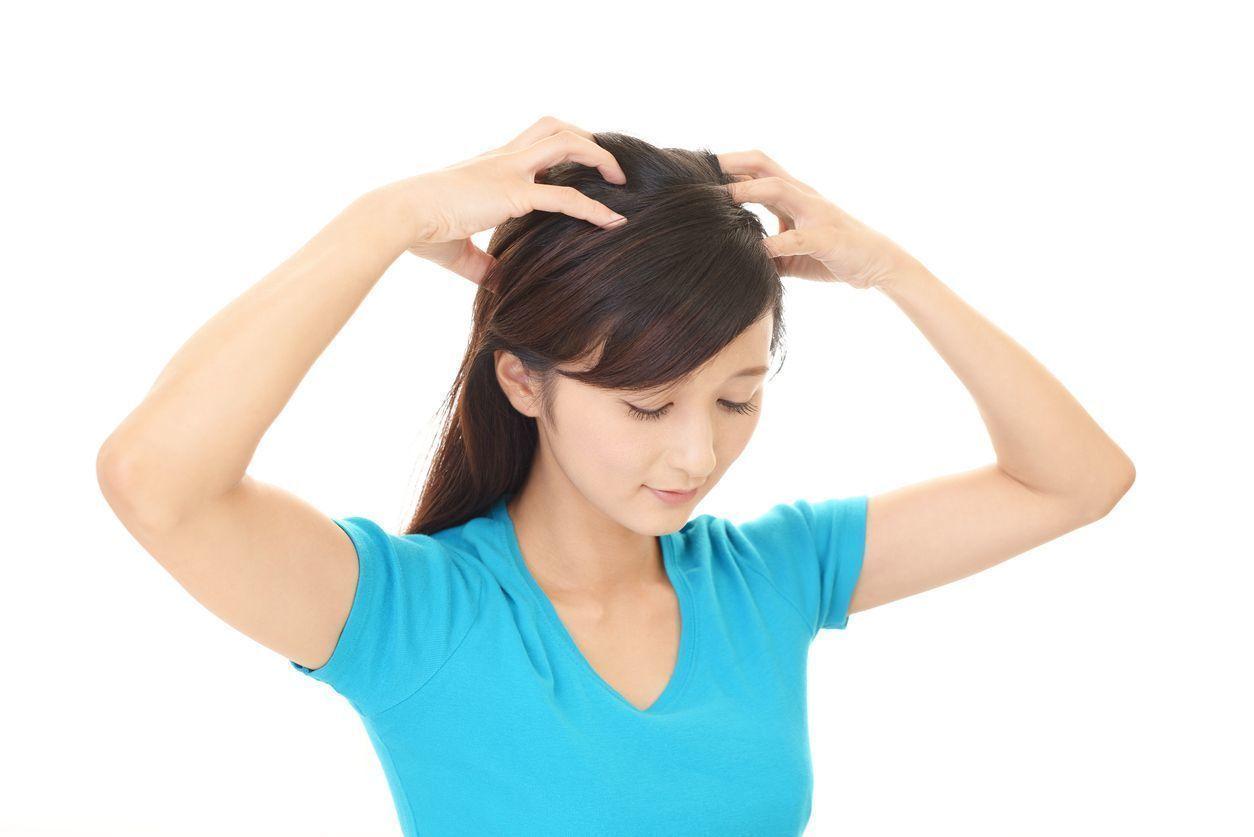 牽引性脱毛症 頭皮マッサージで血行促進