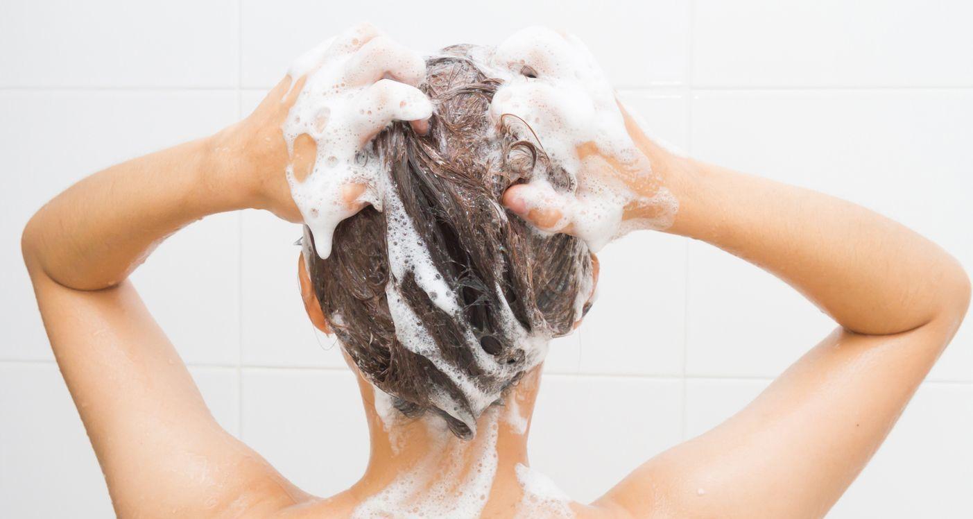 薄毛対策薄毛治療 シャンプーで頭皮を清潔にする
