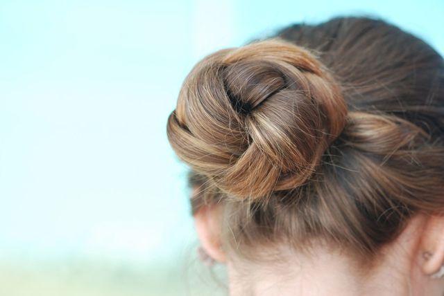 円形脱毛症 生えてくるまではヘアスタイルで隠す
