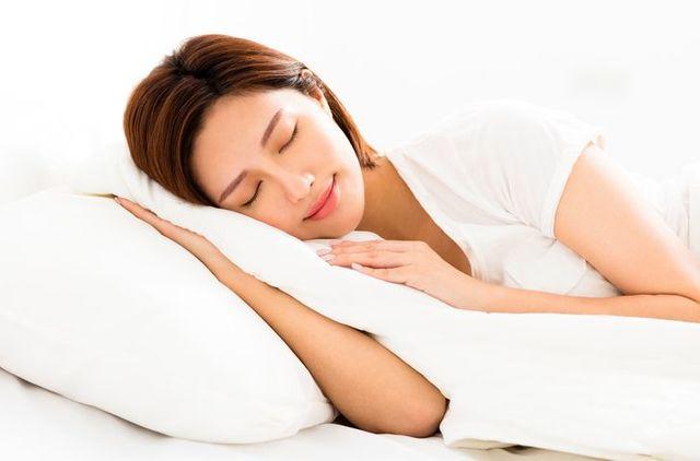 育毛剤 十分な睡眠をとる